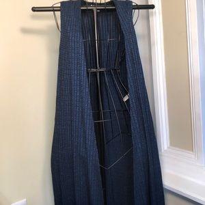 LulaRoe Black and blue short sleeve duster